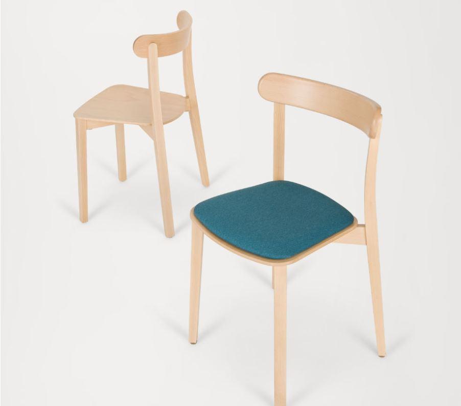 Hospitality Dining Icho Chair, scene image 2