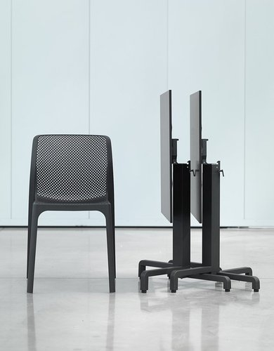 Hospitality Outdoor Bitta Chair Charcoal Settting